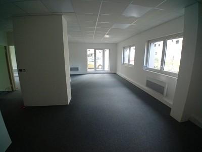 BUREAU A VENDRE - WASQUEHAL - 206,55 m2 - Prix : nous consulter