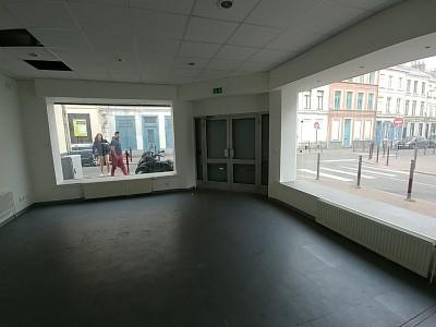 LOCAL COMMERCIAL A LOUER - LILLE - 70 m2 - 1000 € HC et HT par mois