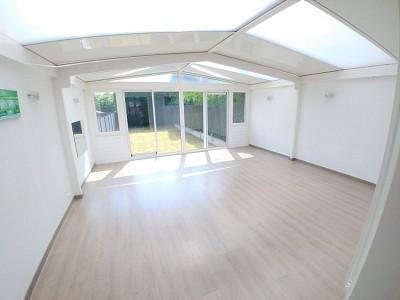 MAISON A USAGE DE COMMERCE A LOUER - LAMBERSART - 153 m2 - 1200 € HC par mois