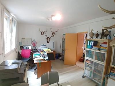BUREAU A LOUER - LILLE - 29 m2 - 165,52 € HC et HT/m<sup>2</sup>/an