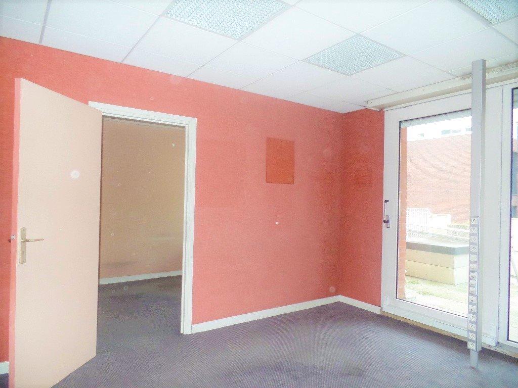 Bureau a louer lille gambetta 70 m2 950 hc et ht par mois immobilier lille - Bureau de change a lille ...