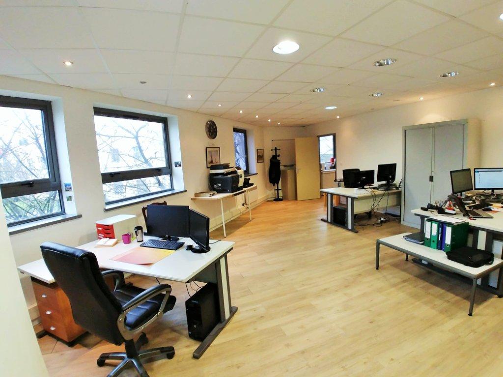 Bureau a louer lille 193 m2 1 600 hc et ht par mois immobilier lille entreprises et - Bureau de change a lille ...