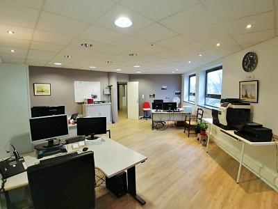 BUREAU A LOUER - LILLE - 193 m2 - 1�0 € HC et HT par mois