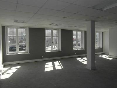 BUREAU A LOUER - LILLE - 1286 m2 - 17�0 € HC et HT par mois