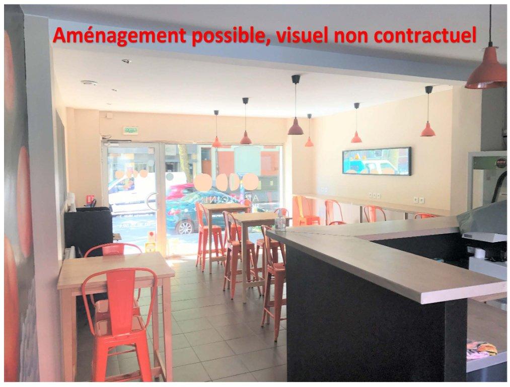 LOCAL COMMERCIAL A LOUER - LILLE GRAND PALAIS - 57,2 m2 - 850 € HC et HT par mois