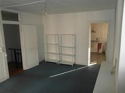 LOCAL COMMERCIAL A LOUER - LILLE - 147 m2 - 2�0 € HC et HT par mois