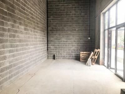 LOCAL COMMERCIAL A LOUER - MONS EN BAROEUL - 499 m2 - 2�2 € HC et HT par mois