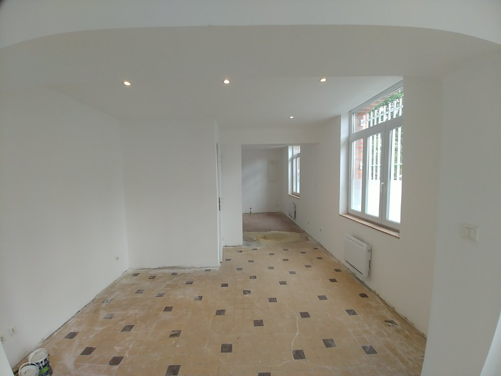 LOCAL COMMERCIAL NEUF A VENDRE - LILLE - 55 m2 - 128�0 €