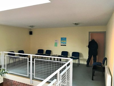 LOCAL COMMERCIAL A VENDRE - SECLIN HYPERCENTRE - 370 m2 - 630�0 €