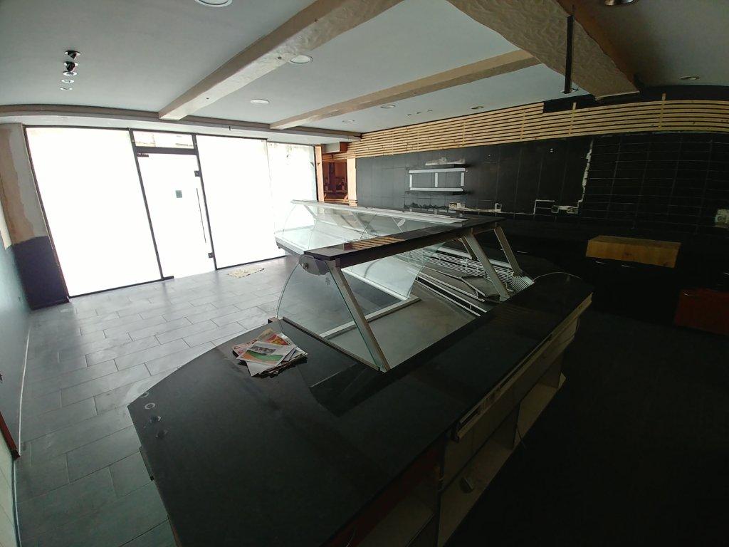LOCAL COMMERCIAL A VENDRE - WATTIGNIES - 400 m2 - 525�0 €
